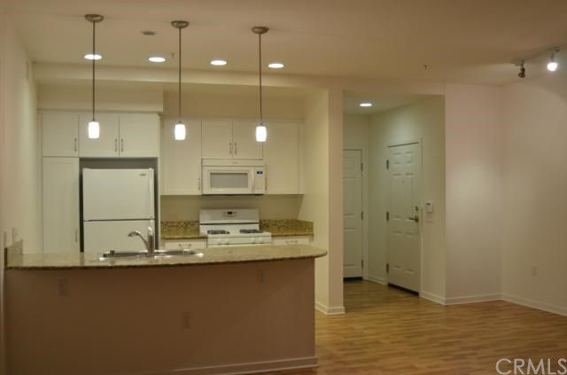 Suncrest Townhomes at Vegas North Apartments  North Las