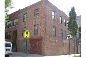 1420 Shakespeare Ave, Bronx, NY 10452