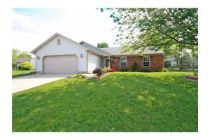 7247 Carrie Dr, Indianapolis, IN 46237
