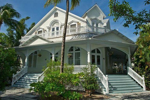 718 Eisenhower Dr, Key West, FL 33040
