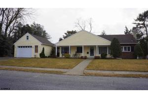 3 E Monroe Ave, Linwood, NJ 08221