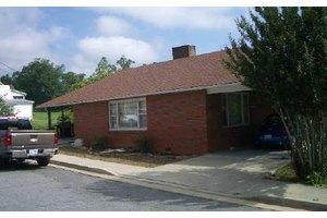 150 Church St, Hayesville, NC 28904