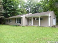 10 Red Fox Run, Perinton, NY 14534