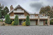 356 Colonial Lodge Rd, Loysville, PA 17047