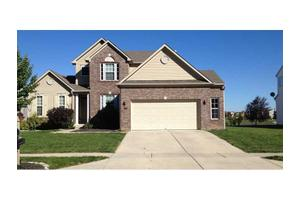 8372 Charleston Way, Avon, IN 46123