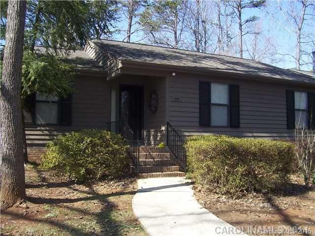 home for rent 170 cedar hollow dr fort mill sc 29715. Black Bedroom Furniture Sets. Home Design Ideas