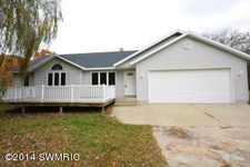 17190 Bass Lake Ave, Gowen, MI 49326