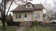 610 1St Ave Sw, Hankinson, ND 58041