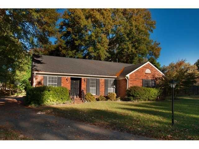 2525 Currywood Cv, Germantown, TN 38138