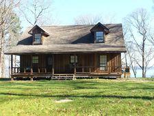 1575 Moore Farm Rd, Zavalla, TX 75980