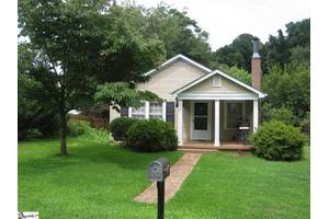 3 Berkley Ave, Greenville, SC 29609