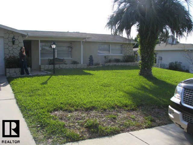 3634 Warbler Dr, New Port Richey, FL 34652