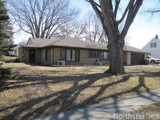 200 South St, Morris, MN 56267