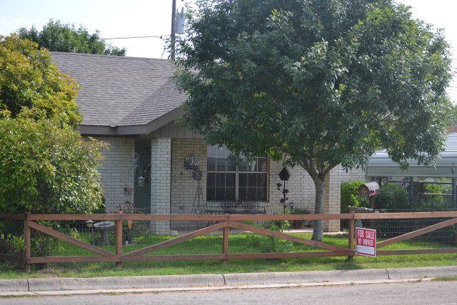 houses for sale uvalde texas