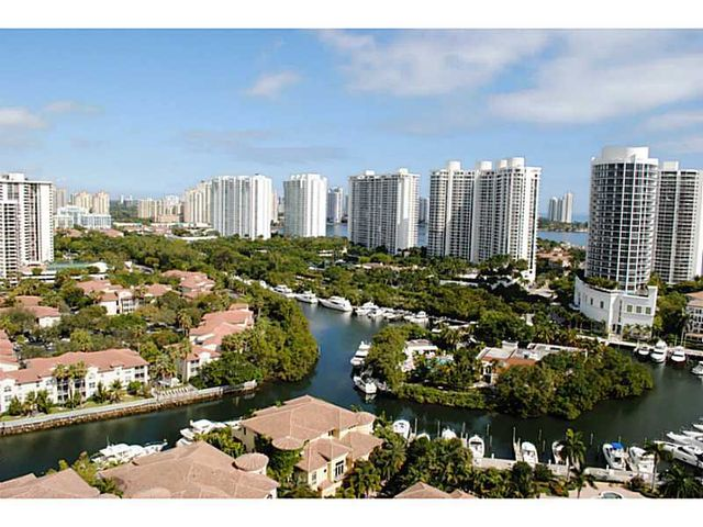 mls a2042038 in aventura fl 33160 home for sale and