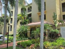 100 Uno Lago Dr Apt 102, North Palm Beach, FL 33408