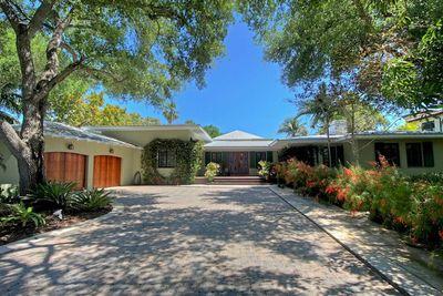 5101 Hammock Lake Dr, Coral Gables, FL