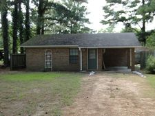 123 County Road 355, Greenwood, MS 38930