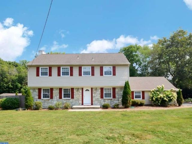 2 vanderveer dr lawrenceville nj 08648 home for sale for Mercedes benz of princeton lawrence township nj