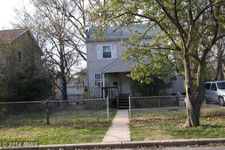 107 Mohican Dr, Oxon Hill, MD 20745