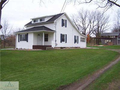 8240 W Mount Hope Hwy, Grand Ledge, MI
