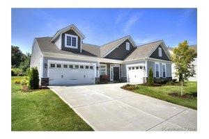 14909 Brannock Hills Dr, Charlotte, NC 28278