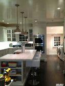 43 The Oaks, Roslyn Estates, NY 11576