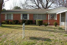 2349 Blue Creek Dr, Dallas, TX 75216