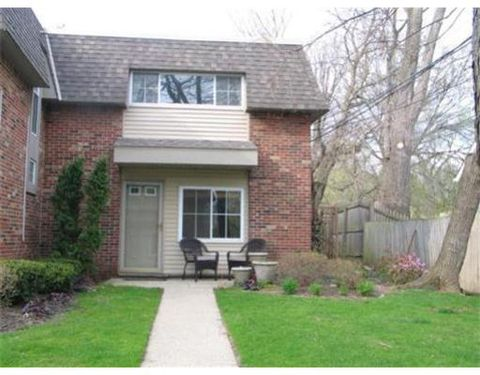 Photo of 572 Kellogg St, Ann Arbor, MI 48105