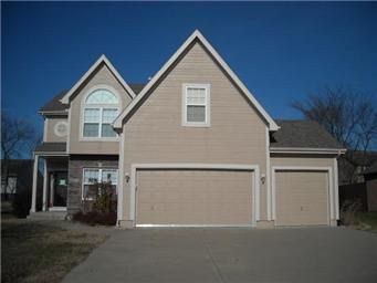 2344 SW River Spring Rd Lees Summit, MO 64082
