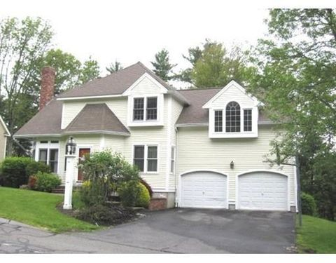 63 Foxwood Dr, North Andover, MA 01845
