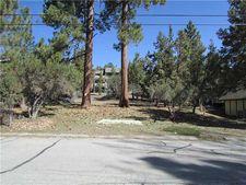 743 Bear Mtn, Big Bear City, CA 92314