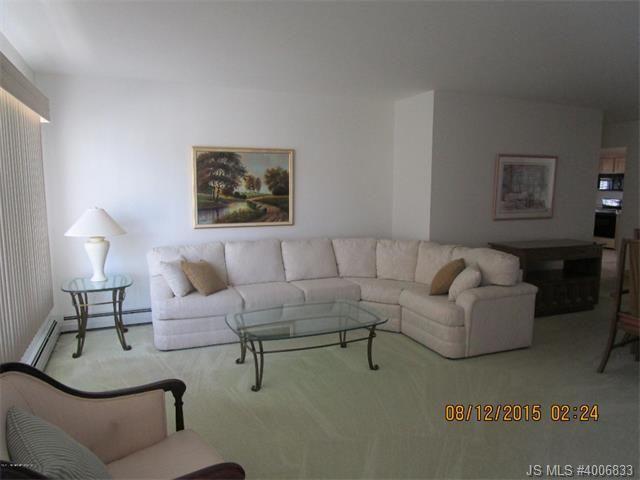 87 Westport Dr Toms River NJ 08757