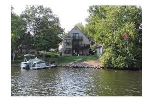 73 Bates Point Rd, Webster, MA 01570