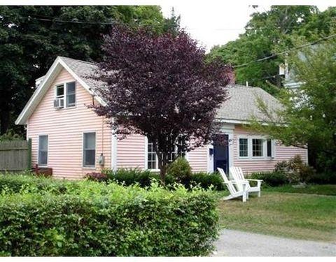 40 Cottage Ln, Concord, MA 01742