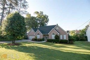 2856 Saddletop Way, Lawrenceville, GA 30044