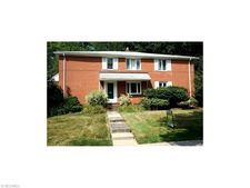 3641 Meadowbrook Blvd, University Heights, OH 44118