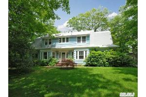 Photo of 23 Bridge Ln,Port Jefferson, NY 11777