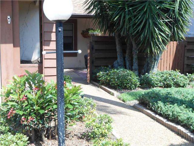 3664 Imperial Ridge Pkwy, Palm Harbor, FL