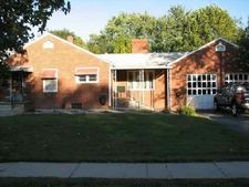 801 White St, Clay City, IN 47841