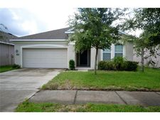 7927 Camden Woods Dr, Tampa, FL 33619