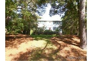 114 Hawthorne Dr, Pine Knoll Shores, NC 28512