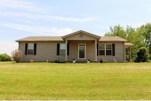 75 Shelly Ln, Paint Lick, KY 40461
