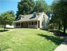 3513 S Phelps Rd, Independence, MO 64055