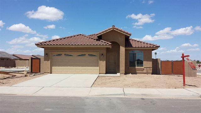4110 w 25th st yuma az 85364 home for sale and real for Kitchen cabinets yuma az
