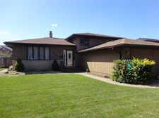 736 Fisher Pl, Munster, IN 46321