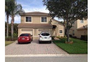 5352 Victoria Cir, West Palm Beach, FL 33409