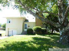 2301 Hansen Ln, South St. Paul, MN 55075