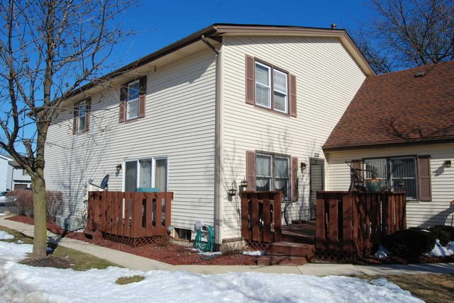 20135 S Graceland Ln, Frankfort, IL 60423