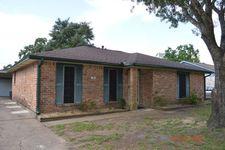 220 Bastrop St, Angleton, TX 77515